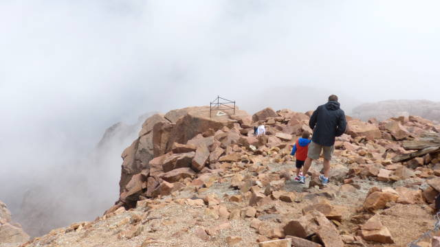 Pikes Peak cloud walk